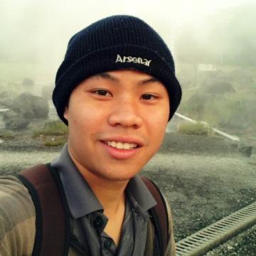Tong, 24, Chaiprakarn, Thailand