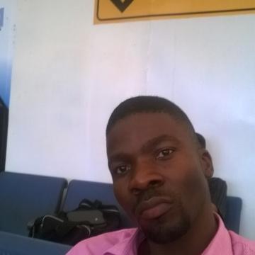 OLADOSU, 36, Kampala, Uganda