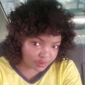 Yvonne, 38, Lusaka, Zambia