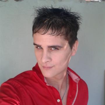Ozky Martinez, 31, Buenos Aires, Argentina