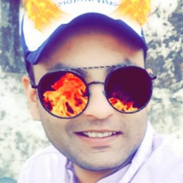 Areeb minto, 27, Pilibhit, India