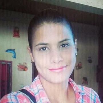 Eliisaa Gutiierrez R, 27, Cumana, Venezuela