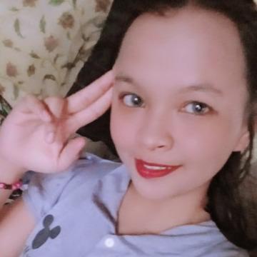 Lorie Retrita, 24, Binan, Philippines