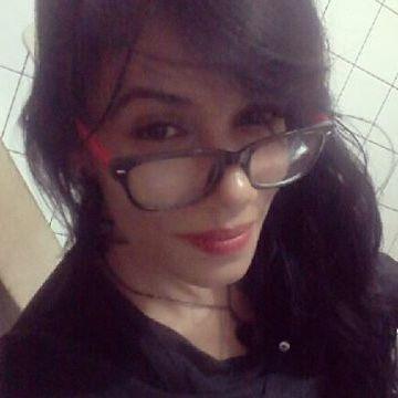 Karina, 30, Salvador, Brazil