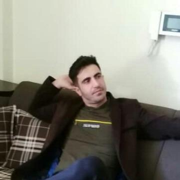 Iraj, 39, Istanbul, Turkey