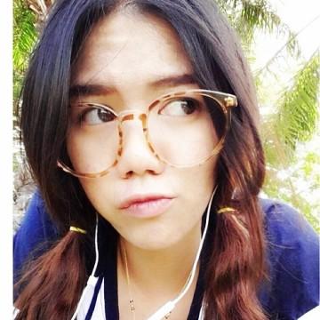 Jiraporn Chamart, 26, Bangkok, Thailand