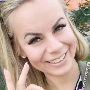 Lillian Scott, 33, Houston, United States