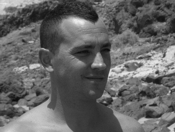 esau, 41, Madrid, Spain