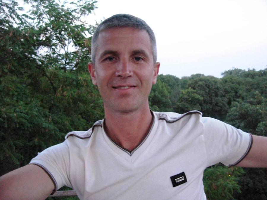 Едуард, 44, Chernivtsi, Ukraine