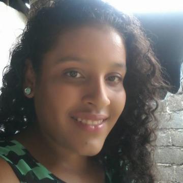 Jeniffer C Garces, 26, Puerto Colombia, Colombia