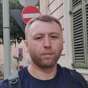 Maksym Shavyrin, 41, Luhansk, Ukraine