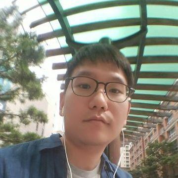 최용혁, 33, Yongin-si, South Korea