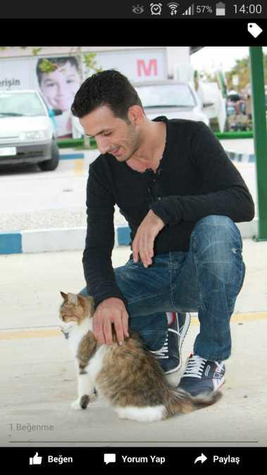 Gökhan Tanrıverdi , 35, Izmir, Turkey