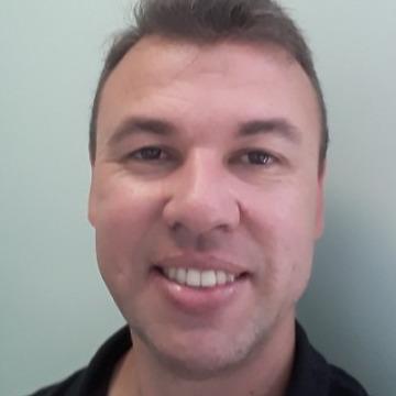 Joelson Souza, 36, Curitiba, Brazil