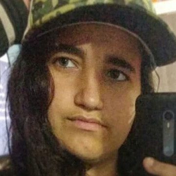 Fernanda, 19, Embu das Artes, Brazil