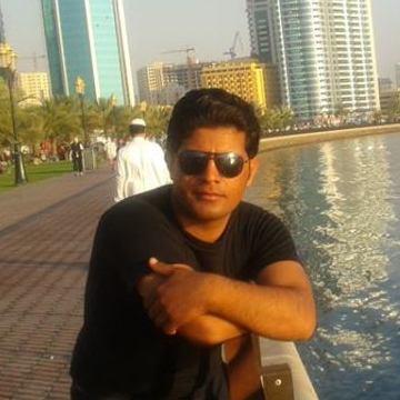 Habib, 26, Dubai, United Arab Emirates