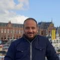 Tariq, 41, Doha, Qatar