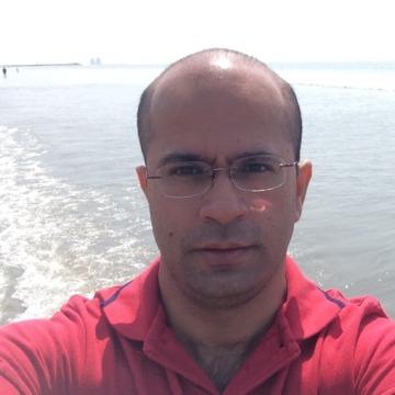 Ravi Motiani, 45, Karachi, Pakistan