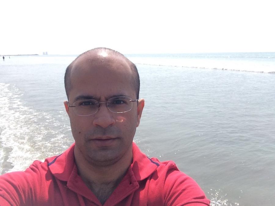 Ravi Motiani, 44, Karachi, Pakistan