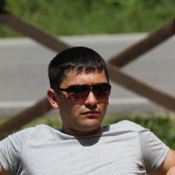 Stas, 31, Rimini, Italy