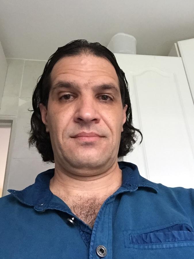 Miton, 49, Valinhos, Brazil