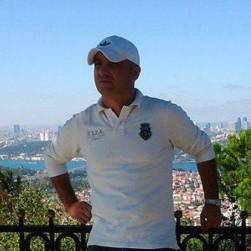 Toprak Uslu, 40, Istanbul, Turkey