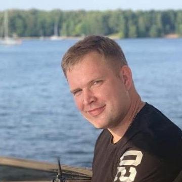 Schneider, 52, Fremont, United States