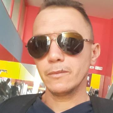 Labouz Abdelkarim, 44, Tunis, Tunisia