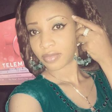 Tracy Edmondston, 38, Accra, Ghana