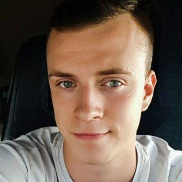 Darek Krasucki, 24, Reykjavik, Iceland