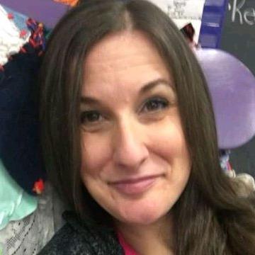 Linda Hilson, 34, Flin Flon, Canada