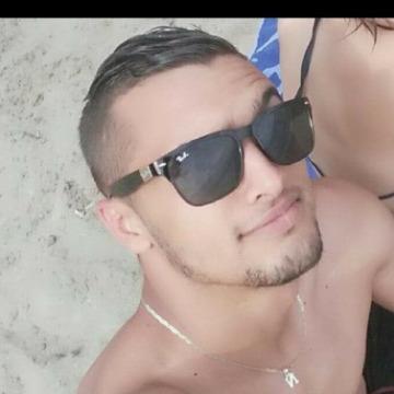 Coucki Casanova, 25,