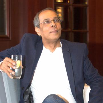 Jyotish, 60, Dubai, United Arab Emirates