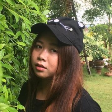 Chatchada Niazi, 25, Bangkok, Thailand