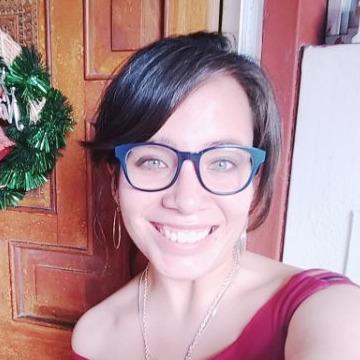 Olenka Vargas Lazarte, 27, Arequipa, Peru
