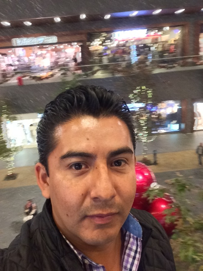 Lino, 37, Mexico City, Mexico