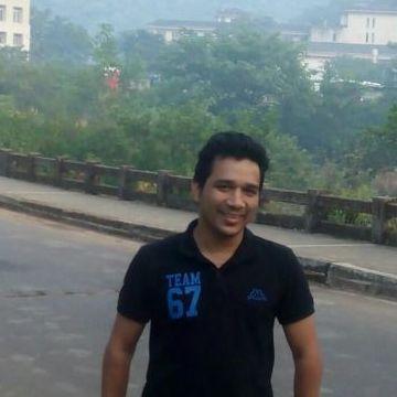 Hitesh, 39, Mumbai, India