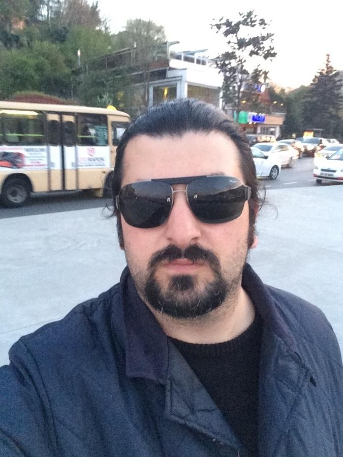 Baran Koğuzlu, 40, Istanbul, Turkey