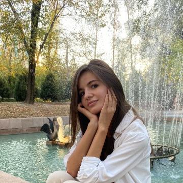 Марина, 25, Astana, Kazakhstan