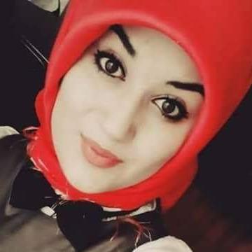 Edanaz, 29, Istanbul, Turkey