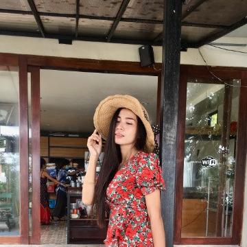 Kat, 31, Bangkok, Thailand