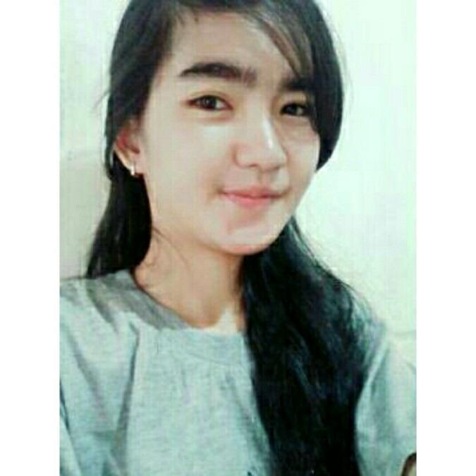 momo, 23, Padang, Indonesia