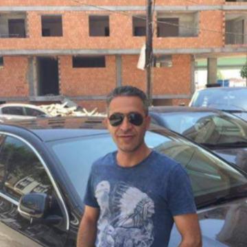 İsmail, 44, Istanbul, Turkey