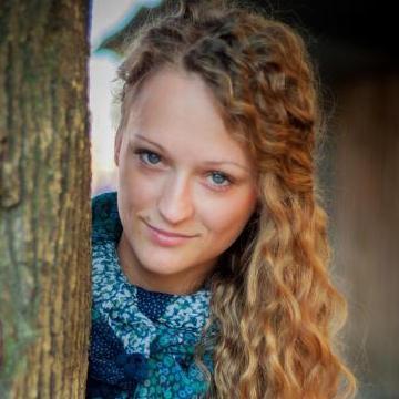 Julia, 31, Homyel, Belarus