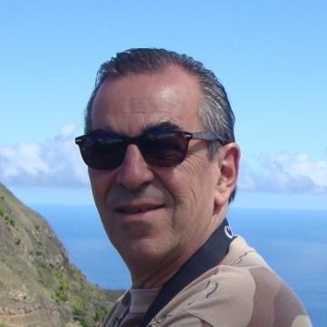Daniel Roque, 62, Luanda, Angola