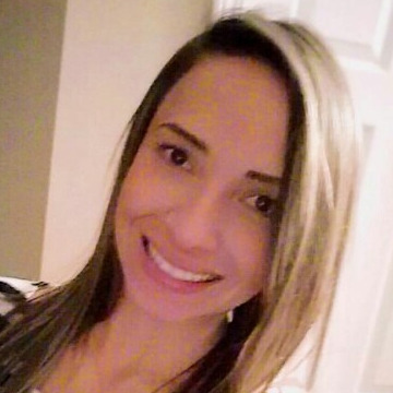 Nancy, 32, Francestown, United States