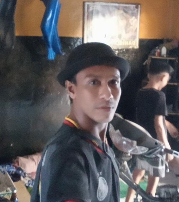 Albert, 38, Ende, Indonesia