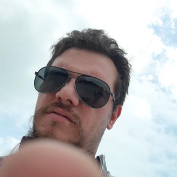 Max McCloud, 34, Yerevan, Armenia
