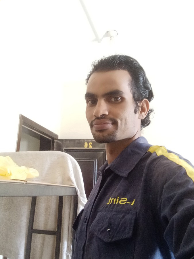 Abdulkadir, 31, Sana'a, Yemen