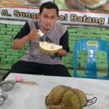 Muhammad Abdullah, 38, Jakarta, Indonesia